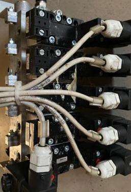 Distribuidor neumático v neumaticas