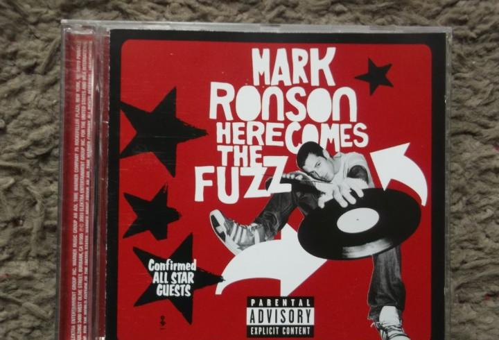 Mark ronson-here comes the fuzz