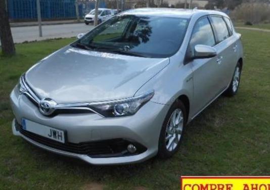Toyota auris 1.8 140h hybrid active business plus