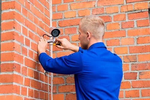 Instalacion de equipo de 8 camaras de vigilancia