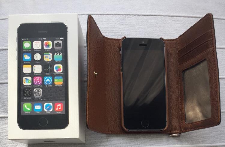 Iphone 5s libre & funda michael kors