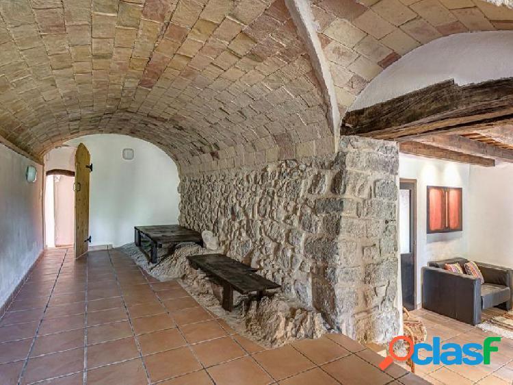 Casa de campo-Masía en Venta en Terrades Girona 3