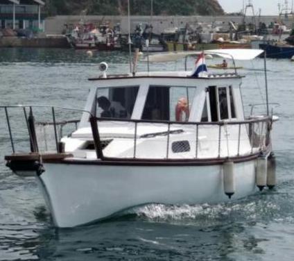 Barco tradicional de pesca