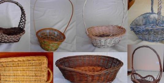 Lote de cestas de mimbre diversas