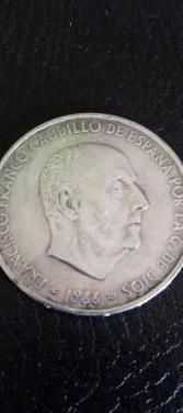 Moneda de plata de franco, año de 1966.