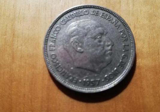 Moneda 25 pesetas 1957 estrella 65, franco, con ca