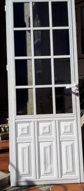 Puerta principal de aluminio para exterior