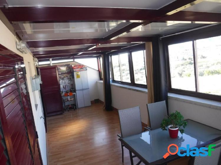 Ático dúplex de 125 m2, con 3 dormitorios, 2 terrazas, piscina, parking, trastero. EXPECTACULAR 3
