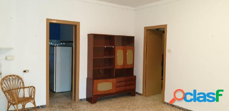 Casa de 117 m2 con 3 dormitorios, esquinera. 3