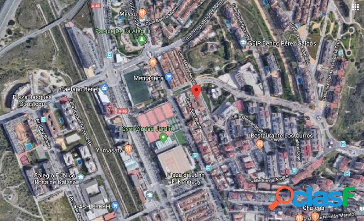 DE BANCO - LOCAL COMERCIAL CON 103 m2 EN CIUDAD JARDÍN 2