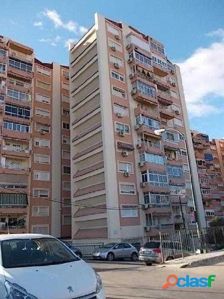 Oportunidad bancaria piso 3 dormitorios en marques de mantua - málaga capital