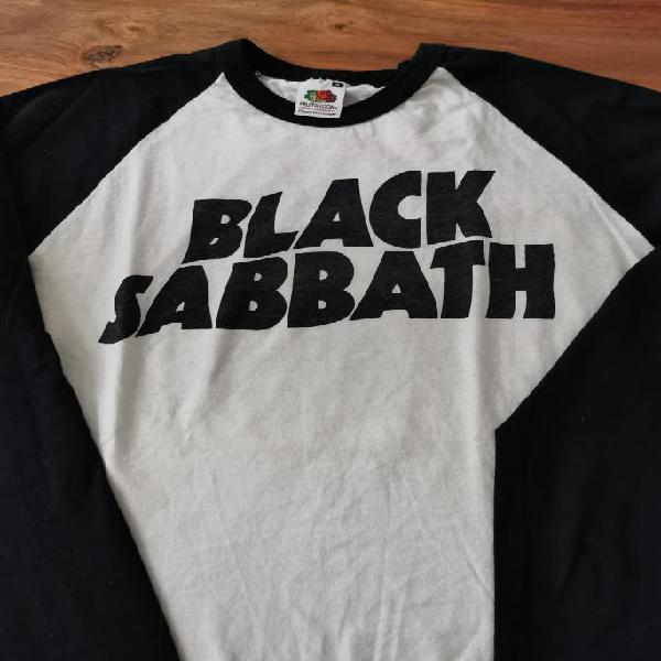 Camiseta vintage black sabbath