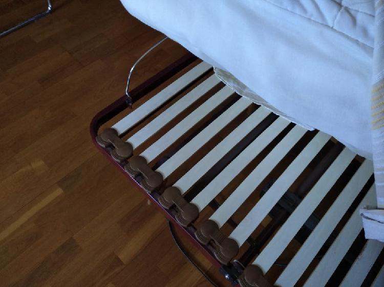 Cama articulada individual casi nueva usada un mes