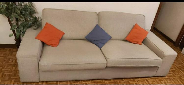 Escucho ofertas vendo sofa kivik de 3 plazas de ik