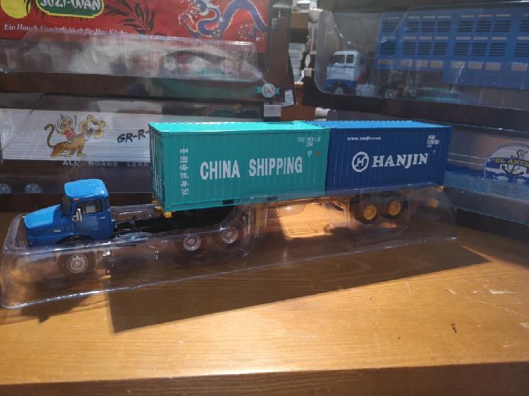 Maqueta camión articulado