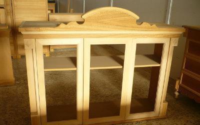 Mueble exhibidor en madera nuevo 132cmx168cmx51cm