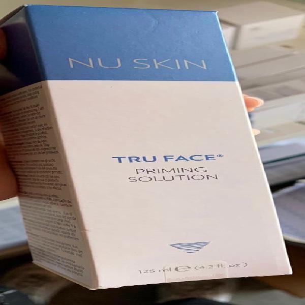 True face priming solution tonico