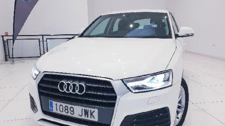 Audi q3 2.0 tdi design edition 5p