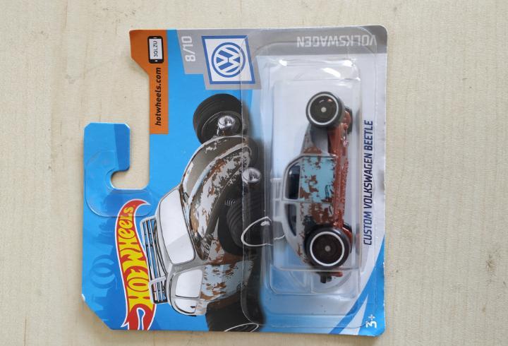 Hot wheels blister sin abrir custom volkswagen beetle mattel