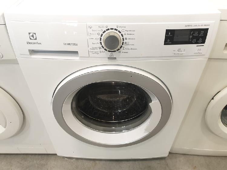 Llevo 17 abr lavadora electrolux 8 k 1000 rpm a+++