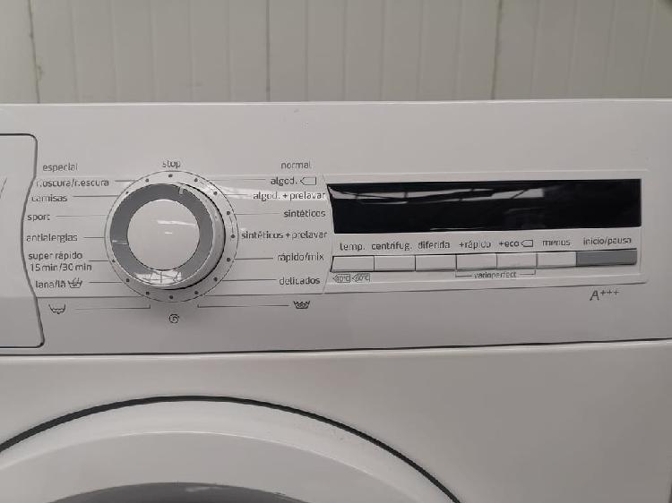 Lavadora balay 6 kg.