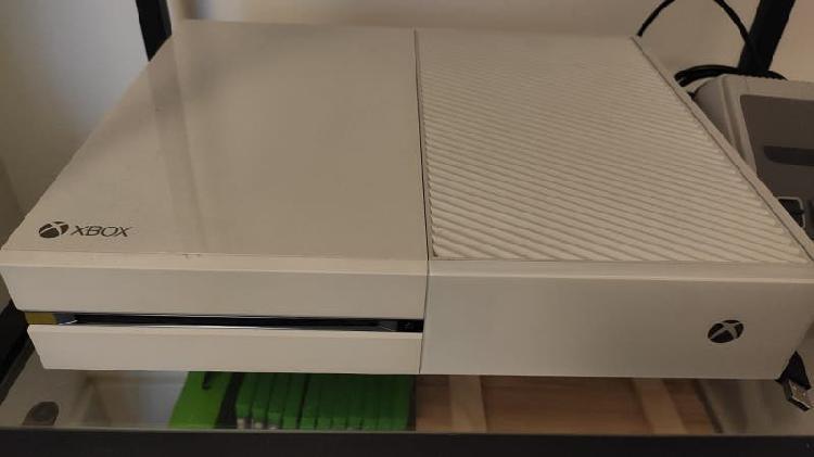 Xbox one 500gb y accesorios
