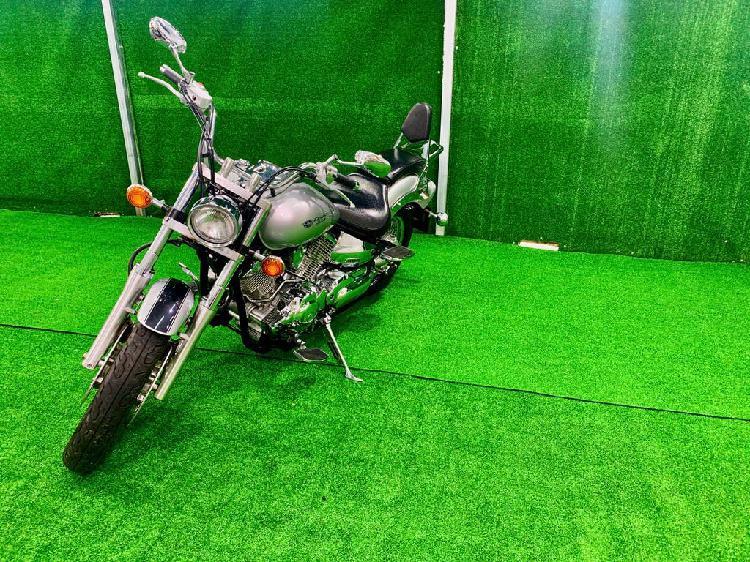 Yamaha drag star classic 1.100 cc año 2004
