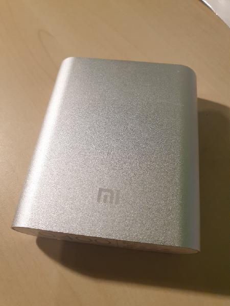 Batería externa xiaomi 10.400 mah