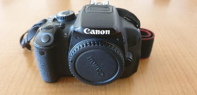 Cámara canon eos 650d