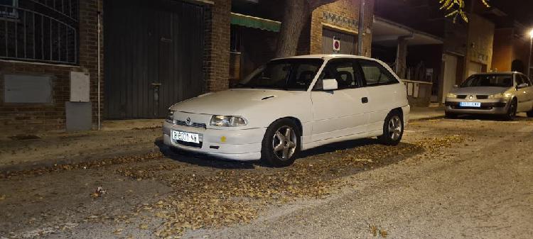 Opel astra gsi 2.0 8v