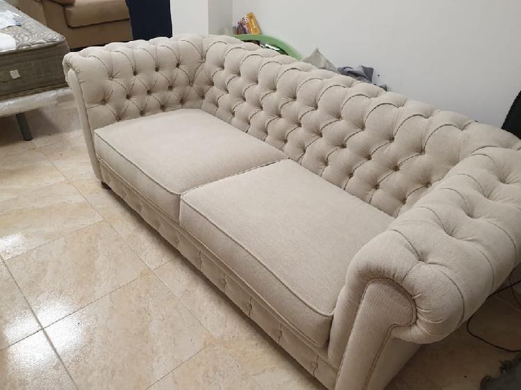 Sofa chester capitoné