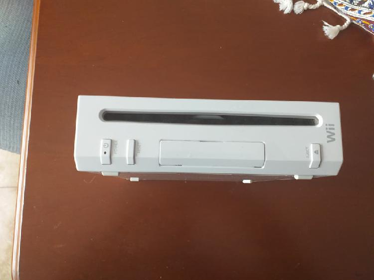 Wii con mando y dos juegos