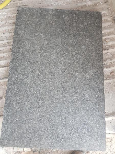 Piedra natural basalto flameado