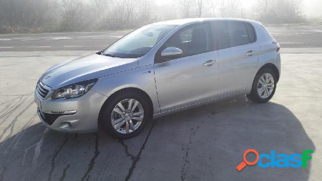 Peugeot 308 5p active blue hdi 1.6 120 '14