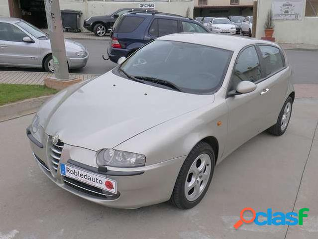 Alfa romeo 147 1.9 jtd distinctive '04