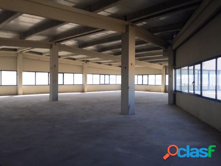 PROCEDENTE DE BANCO - NAVE INDUSTRIAL DE 3.082 m2 EN POLÍGONO INDUSTRIAL EL GUIJAR, ARGANDA DEL REY 3