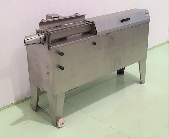 Embuchadora serrano automatica