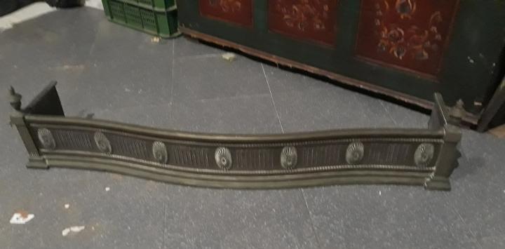 Frontal de chimenea siglo xix en bronce