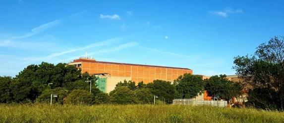 Local para taller independiente en neo fabrik, factoria