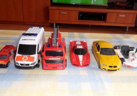 Conjunto de coches de juguete