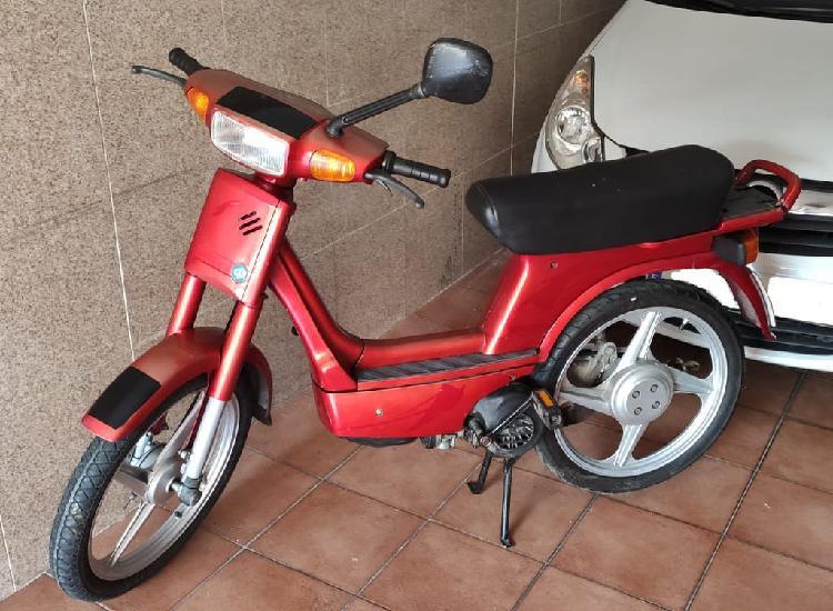 Ciclomotor vespino f9