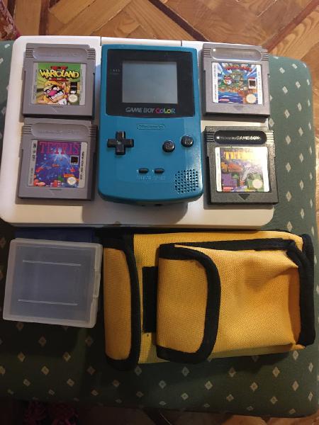 Gameboy color + juegos + fundas