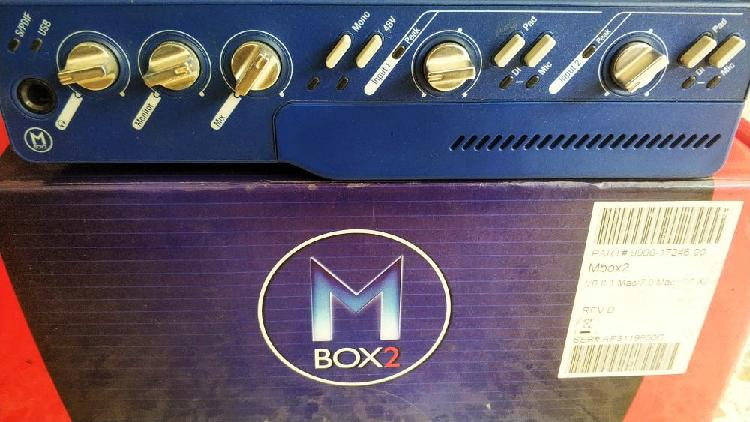 M box 2 ( digidesign )