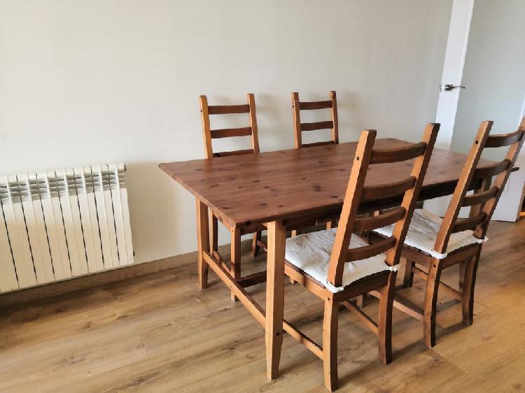 Mesa rectangular extensible y sillas ikea
