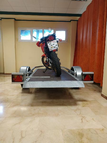 Remolque de moto autocargable sin rampa