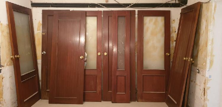 Varias puertas