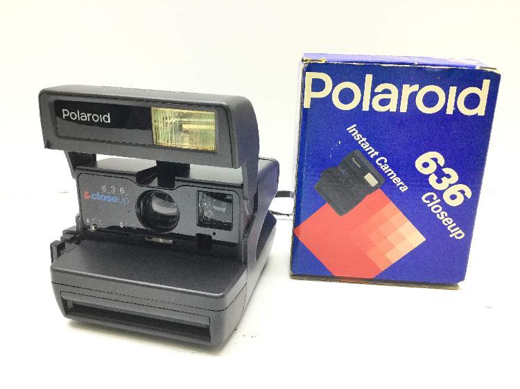 Camara instantanea polaroid 636 close up