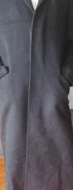 Abrigo de paño color negro. talla 42