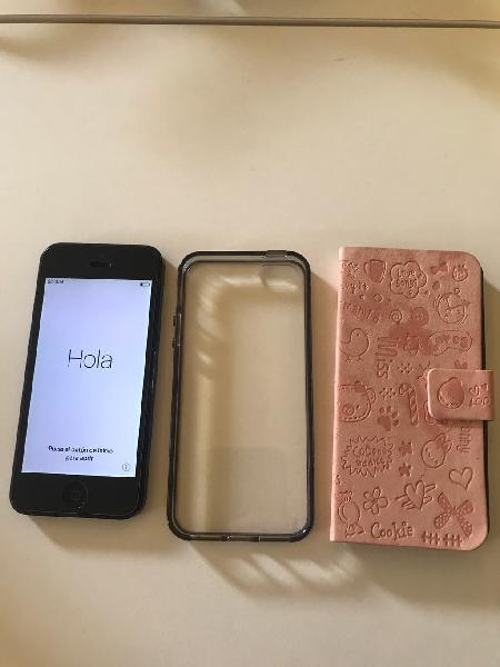 Iphone 5 gris espacial 16gb con accesorios.