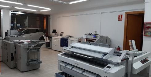 Se vende imprenta a zona turística